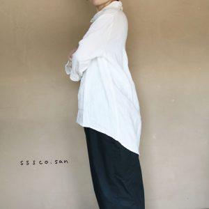 麻のシャツ-f